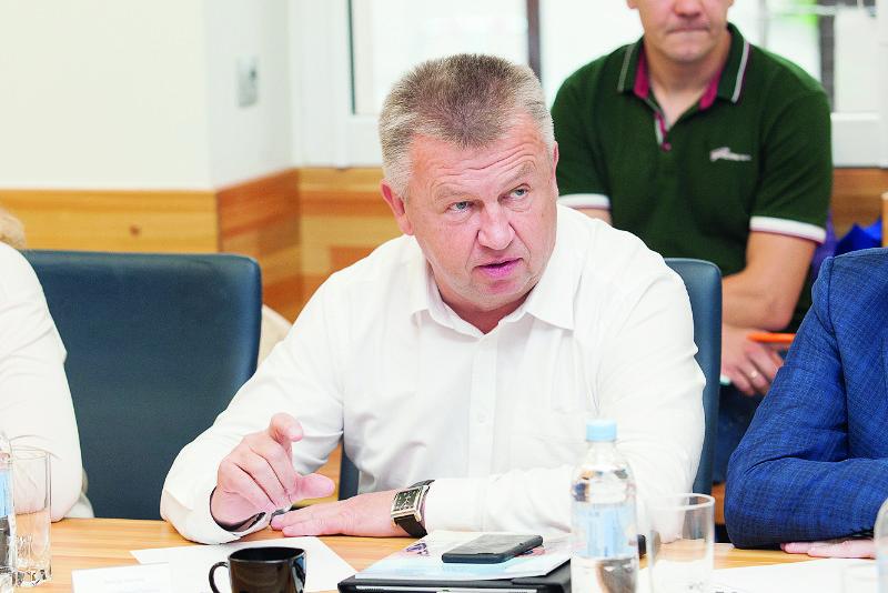 Виктор Иванюк