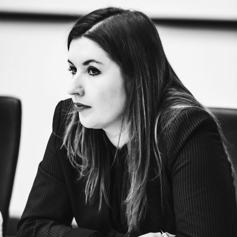 Екатерина Вострилова, Круглый стол